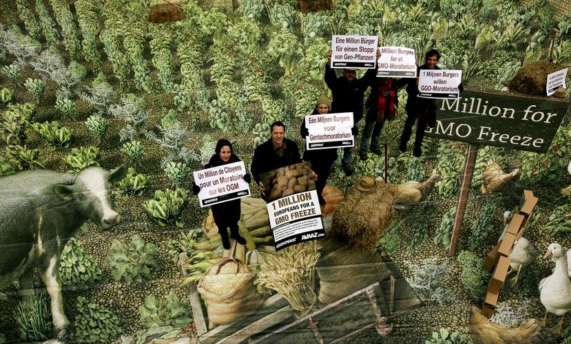 綠色和平組織(Greenpeace)在2010年彙集到一百萬的聯署請願書,要求歐...
