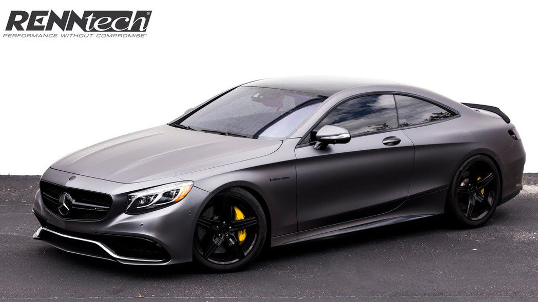 RENNtech改造的S63 Coupe,外型看不到誇張的空力套件陪襯,整體視覺...