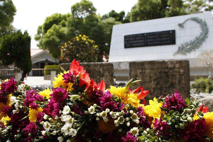 第一島鏈系列(二):傳遞戰爭創傷記憶的姬百合——沖繩的反戰意識與和平教育