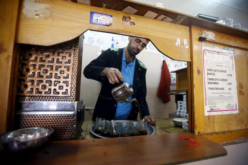 儘管土耳其咖啡似乎在海外享有不小的名聲,但實際上茶才是土耳其的國民飲料。 圖/路...
