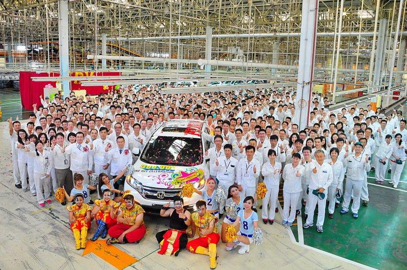 Honda Taiwan達成生產30萬輛車的里程碑,全廠同慶。 圖/Honda Taiwan提供