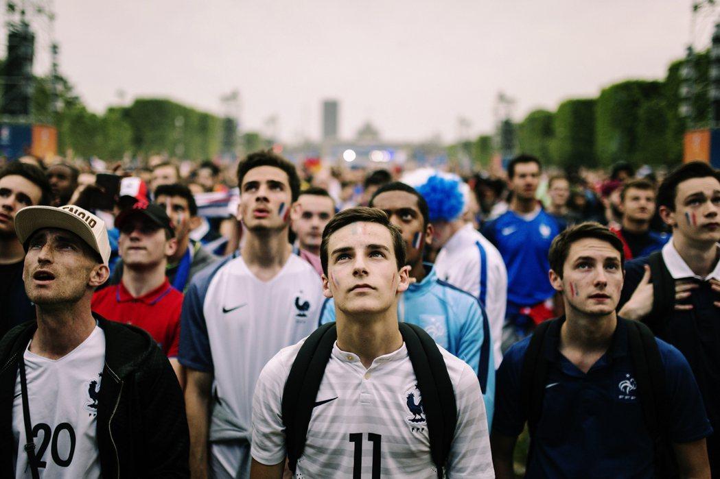 巴黎作為2024年世界運動會的候選城市,如今已經將自身所有見不得光的醜態展現在世...