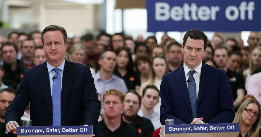 保守黨的留歐派主力:首相卡麥隆(左)與財相奧斯本(右),兩人皆力主留歐,聲稱留歐...