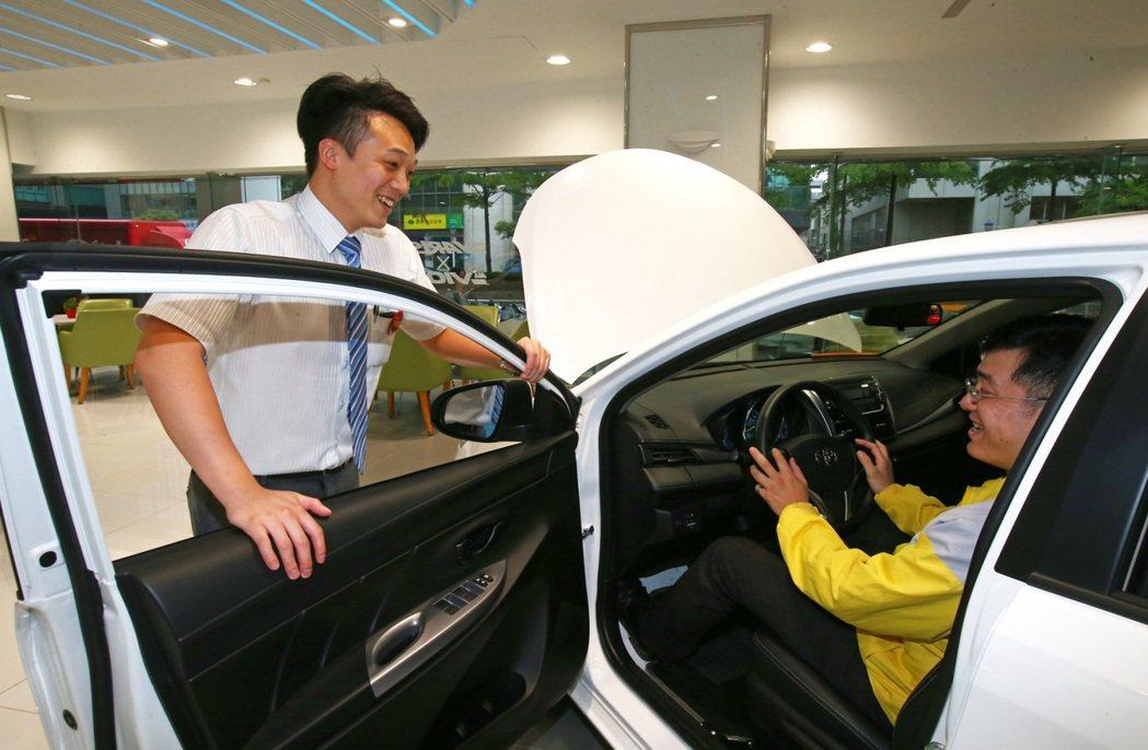汰舊換新政策帶動今年車市買氣。 記者陳柏亨/攝影