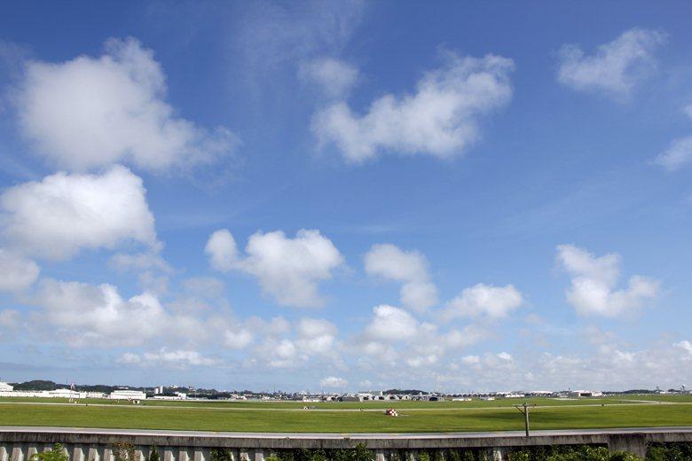 安保之丘,象徵可以見到美日安保條約下美軍與日本的軍事同盟,從山丘上可遠眺嘉手納美...