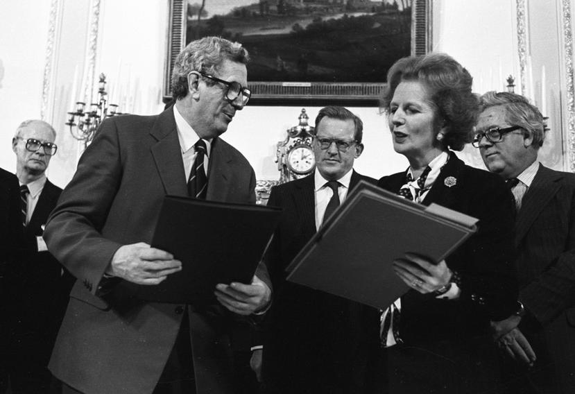 1989年英國柴契爾夫人與時任愛爾蘭總理蓋瑞特•費茲傑羅(Garret Fitz...