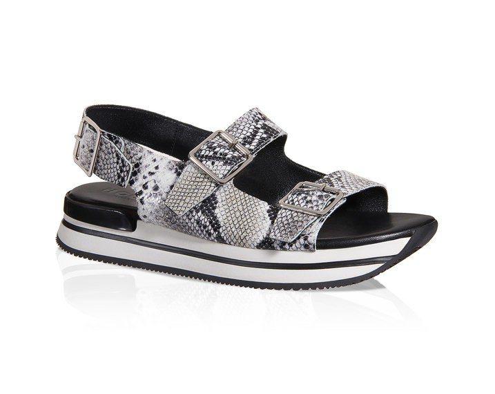 蟒蛇壓紋皮革繞帶厚底涼鞋,售價18,600元。圖/HOGAN提供