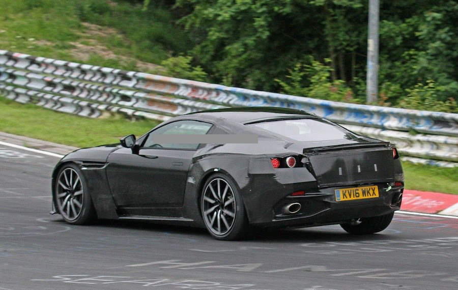 Vantage使用的是來自於Mercedes-AMG的4.0L V8雙渦輪增壓引...