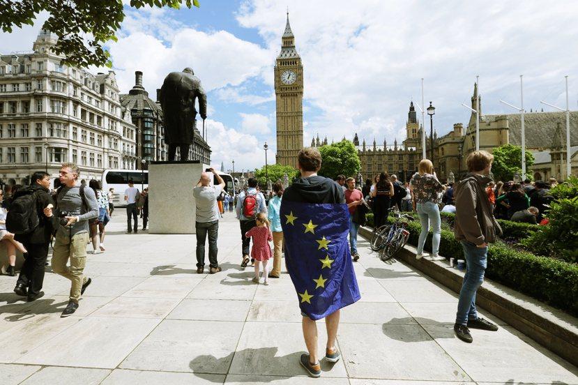 以脫歐公投之名,行黨內政爭之實的保守黨鬧劇,錯手親自葬送英國的未來。 圖/美聯社