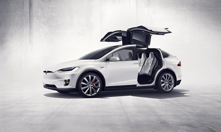 Tesla Model X電動跨界休旅車 Tesla提供