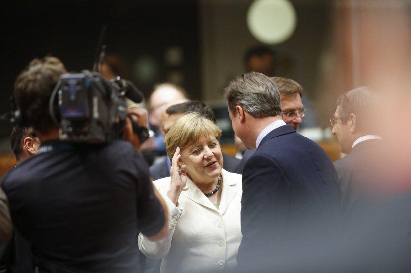 昨日歐盟高峰會,是脫歐公投後歐盟各國領袖首次聚會,但在英國正式提交申請退歐前,嚴...