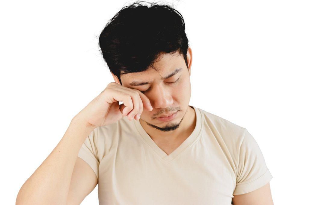 先搞清楚你是短期疲勞還是慢性疲勞症候群。(圖非案例者) 圖片/shutterst...
