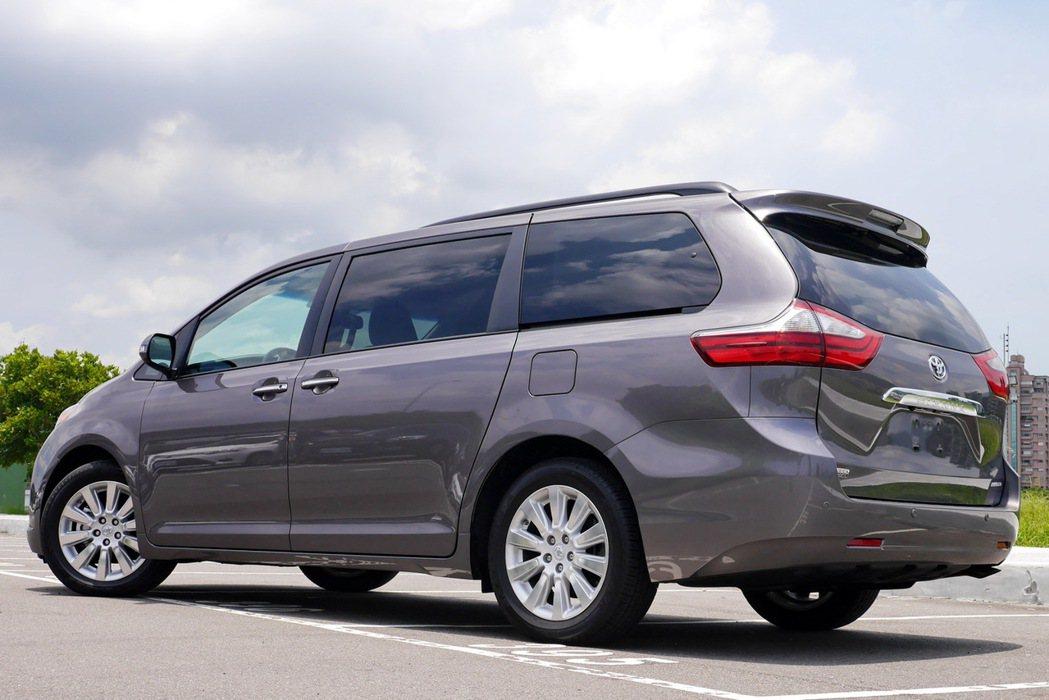 Toyota Sienna車身尺寸更適合台灣市場。 記者陳威任/攝影