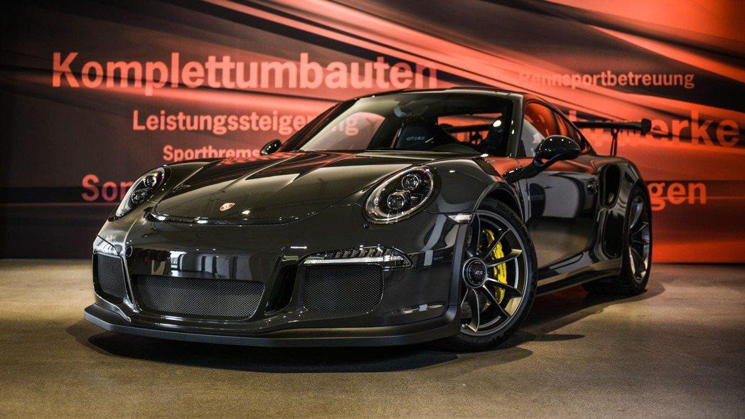 特別喜愛Porsche的老闆Edo Karabegovic,近日將目標鎖定Por...