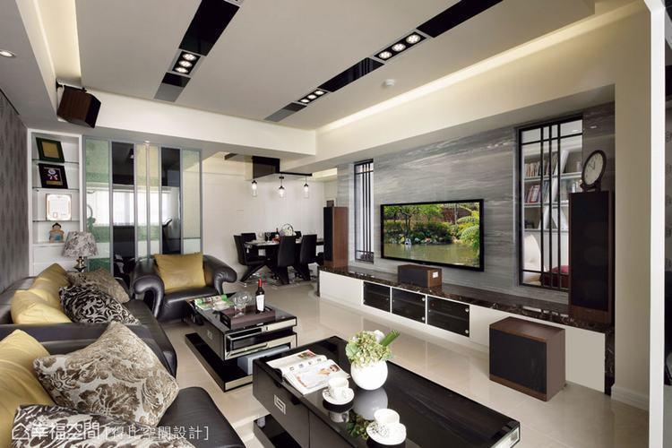 ▲綜合考慮了採光、隔間、機能等規劃,得比設計以深淺對比搭入華麗元素,為居宅創造開...