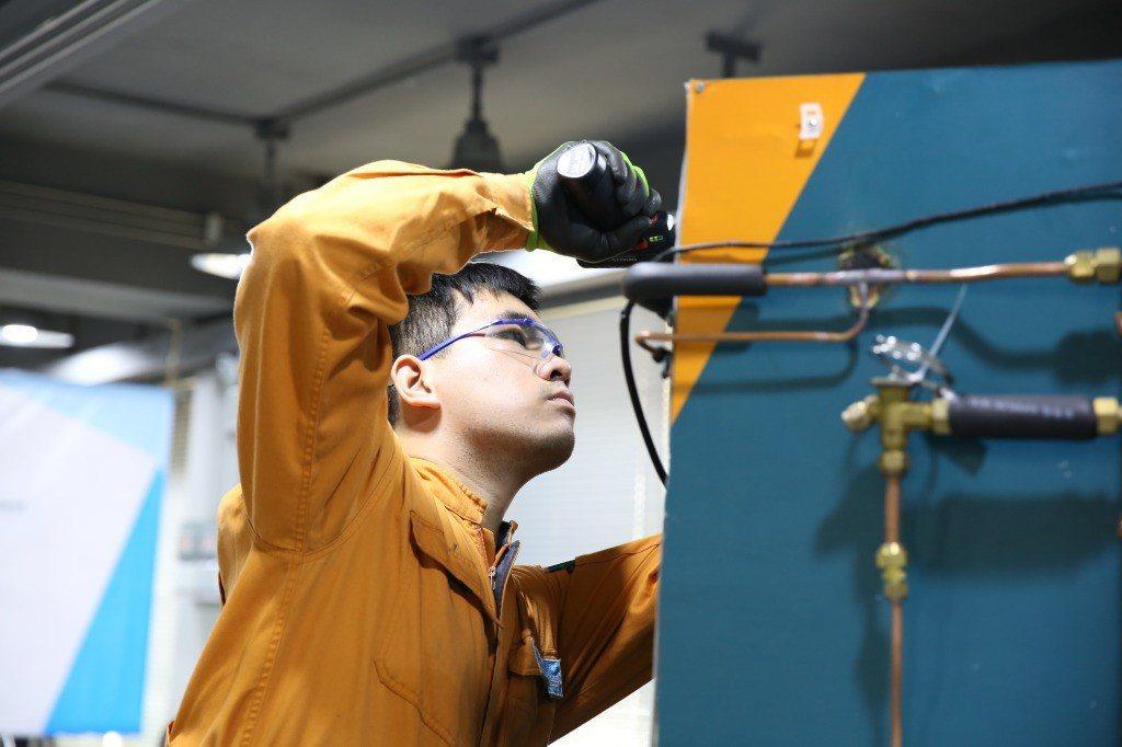 第43屆國際技能競賽冷凍空調職類金牌國手阮陪浩。 圖/作者自攝