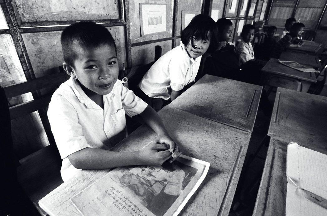 泰北山區中文小學的學童。 《邊城啟示錄》劇照/李立劭導演提供