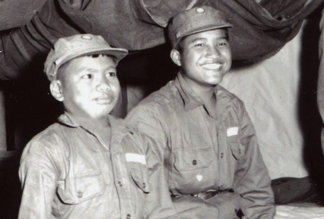 滇緬游擊隊撤台時的幼童軍。 《南國小兵》劇照/前游擊隊員馬有福提供
