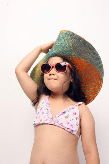 光敏感通常是指皮膚曝曬到陽光後,被誘發或加劇形成多種、不同型態的疾病。 記者陳立...
