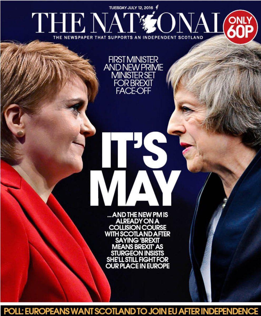蘇格蘭《國家報》:「是梅伊」。頭版左側是蘇格蘭民族黨黨魁、蘇格蘭政府的領導人斯特...
