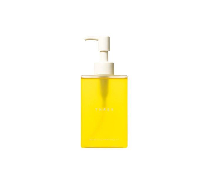 THREE平衡潔膚油,心情愉快的柑橘調及潔淨力,上市至今已熱銷萬瓶。200ml/...