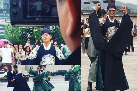 KBS 2TV新月火劇《雲畫的月光》將於下月月終於韓國撥出,飾演王世子的朴寶劍12日現身光化門與劇組人員一同拍攝預告影片。影片中朴寶劍穿著古裝服戴著墨鏡,造型相當吸睛;朴寶劍還與演員們一起跳起了歌手...