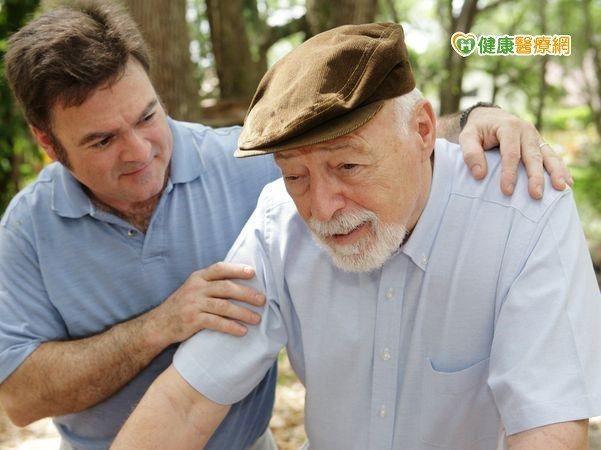 阿茲海默不可逆 若有症狀應盡速就醫
