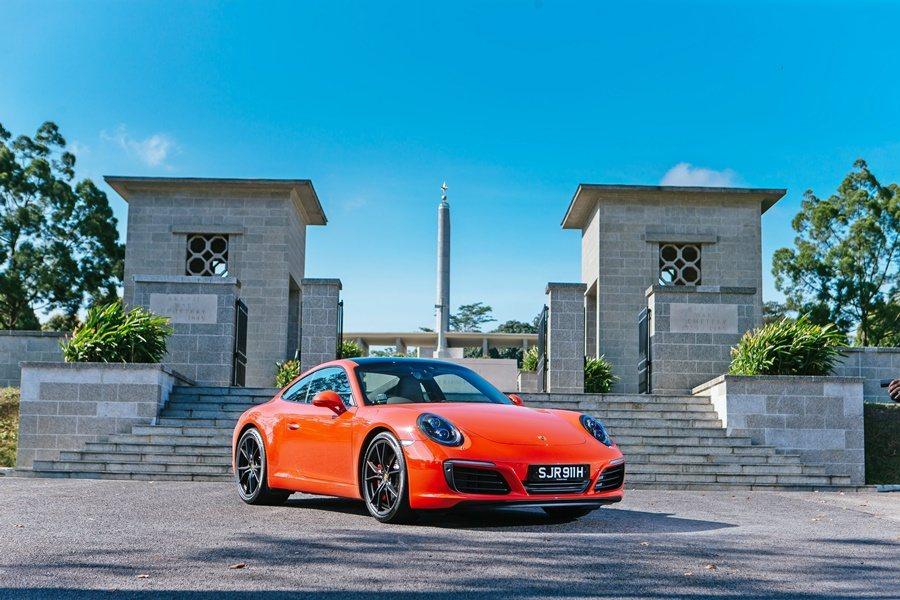 保時捷911 Carera S外型變得更俐落鮮明。 記者趙惠群/攝影