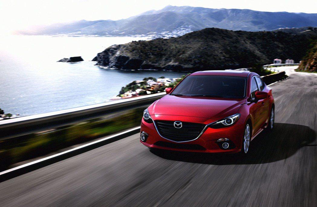 Mazda這兩年所有新車都主打「魂動紅」車色。 圖/Mazda提供