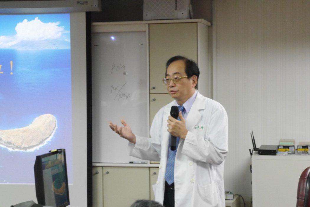 衛福部台南醫院婦產科主任蔡永隆指出,曾碰過多起男生「撞破天棚」的案例,由於男性體...