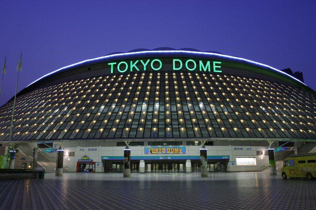 日本首座東京巨蛋球場,至今仍是許多棒球迷眼中的「聖地」,也是讀賣巨人軍的不動主場...