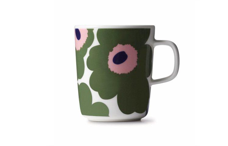 Marimekko綠色罌粟花馬克杯,用色高明時尚,790元。