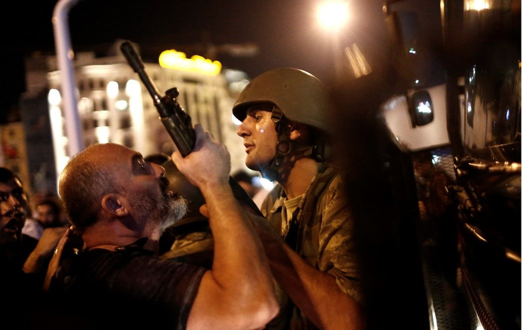 然而2016年的這一回,卻是土耳其軍人「守護共和」的第一次失敗。 圖/歐新社