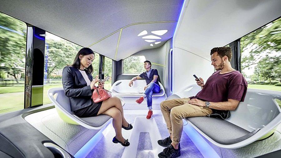 Future Bus自動駕駛巴士相當舒適,提供三種空間給長程與短程旅程的旅客。 ...