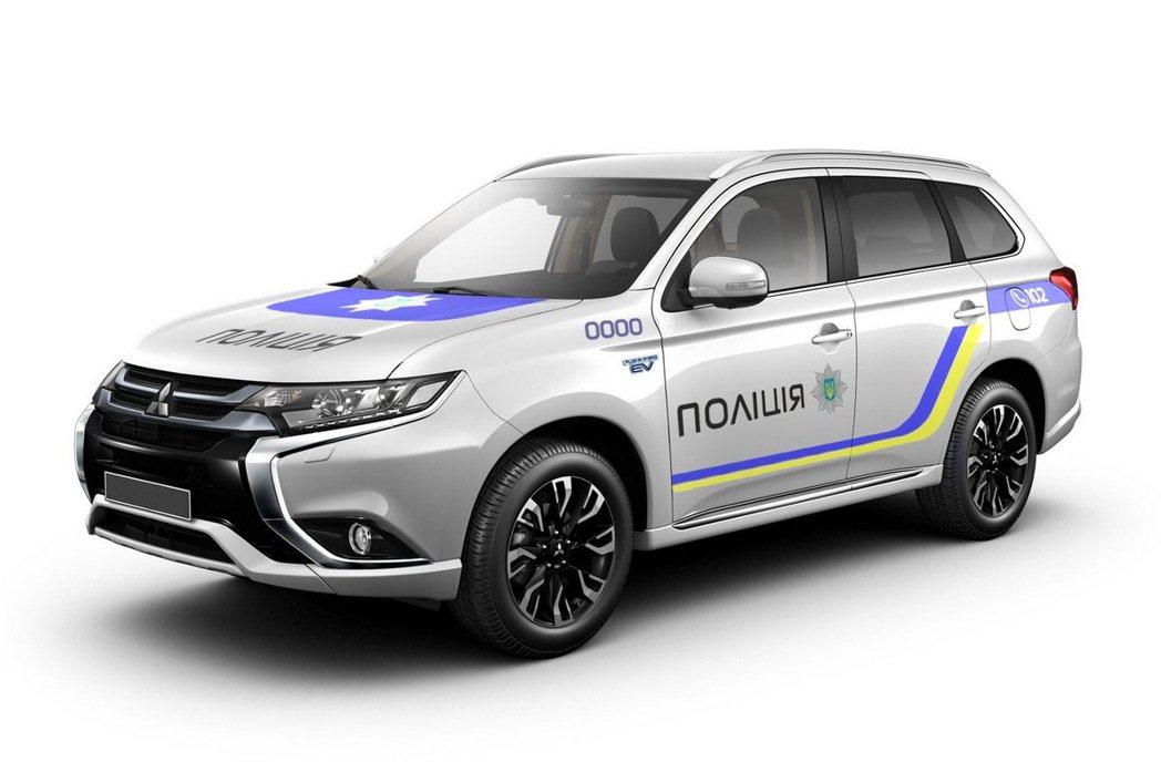 烏克蘭警方採購651輛Mitsubishi Outlander PHEV。 摘自...