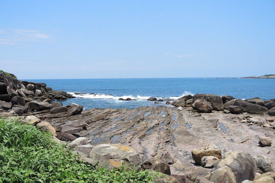 福連國小以大自然為最佳導師的教育精神,教育孩子們如何與海洋共處,與大自然互助互敬。 圖/福特六和提供