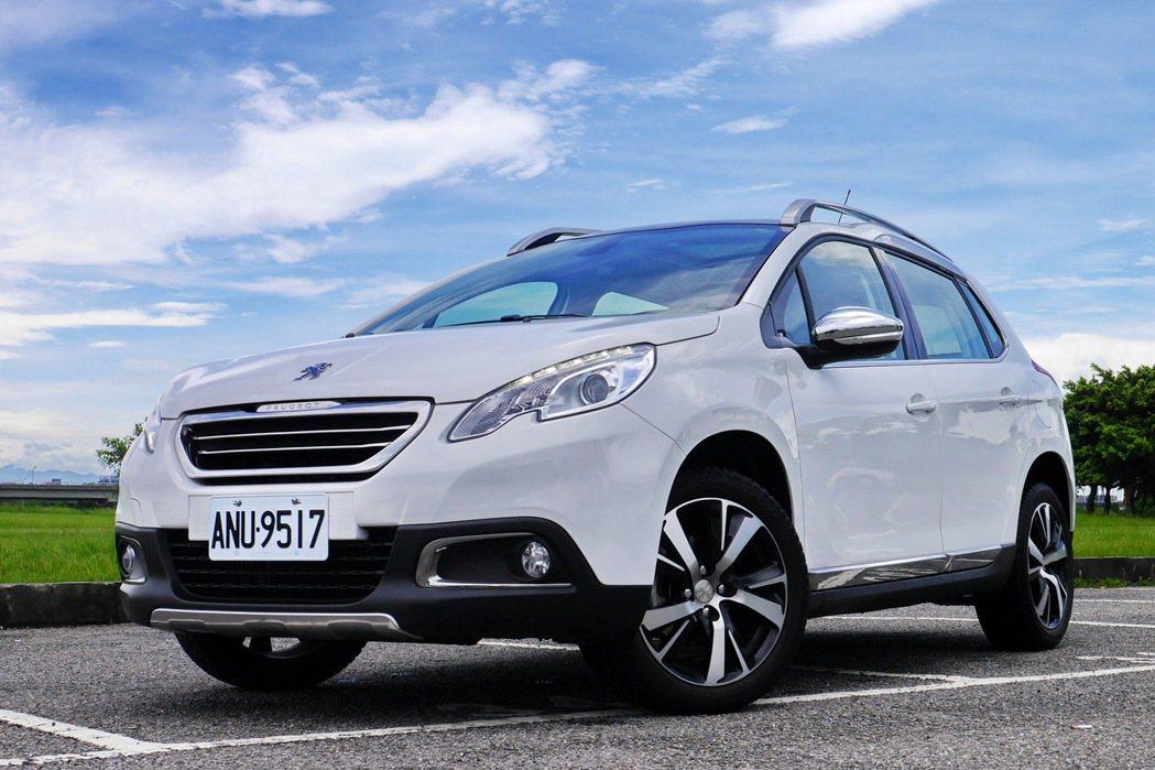 Peugeot 2008 1.2 PureTech。 記者陳威任/攝影