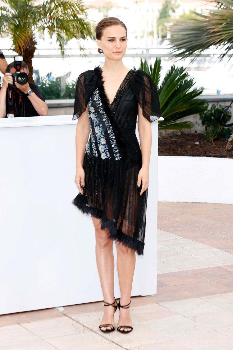 Natalie Portman 身高:160CM 奧斯卡影後穿得最多的就是裙子...