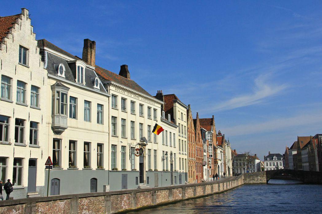 位於比利時西部法蘭德斯荷語區,經濟發展比法語區好,而一直有獨立的聲浪。 圖/flickr