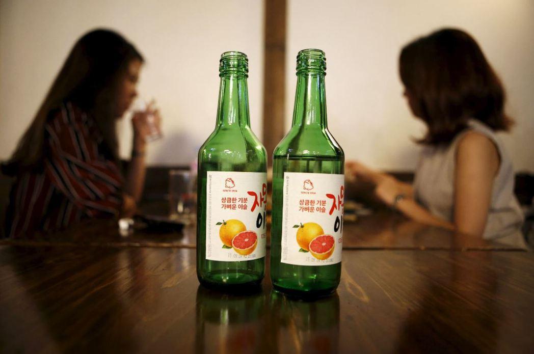 韓國酒駕取締嚴格,為更有效降低酒駕事故,韓國目前強力鼓吹降將酒駕標準調降到0.0...
