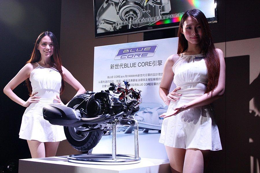 勁豪125搭載新世代BLUE CORE引擎,平均油耗達驚人的56.8km/L。 ...