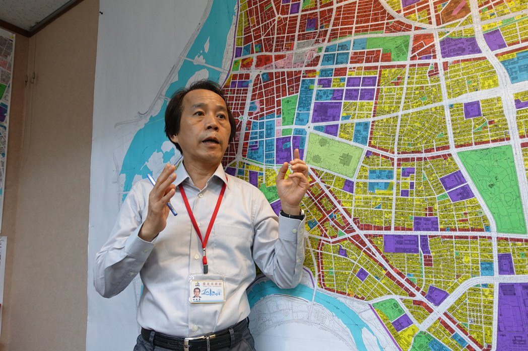 北市副市長林欽榮今宣布立法院用地以地易地,且同時啟動都市計畫變更,預計年底年將可...