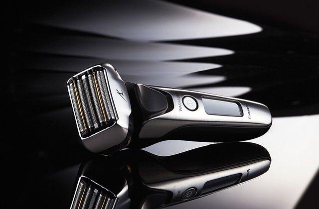 Panasonic推出日本製頂級電鬍刀機種,讓老爸展現獨特的熟男魅力。圖/Pan...