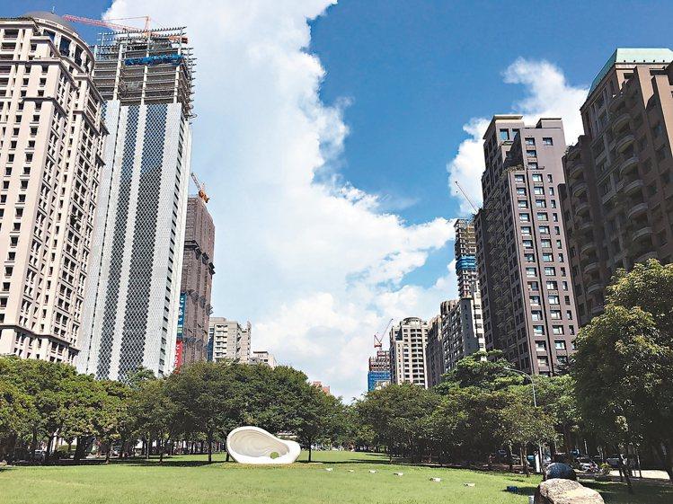 台中七期豪宅房市近期在大陸建設「寶格」、「麗格」及雙橡園「1617特區」等案熱銷...