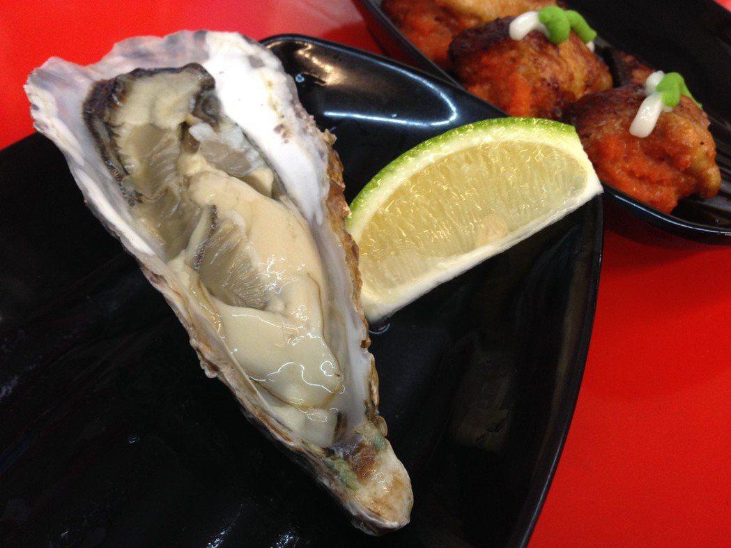 國人愛吃海鮮魚貝,不少餐廳打出生蠔、鮮貝吃到飽的優惠,不過,貝類潛藏著微生物汙染...