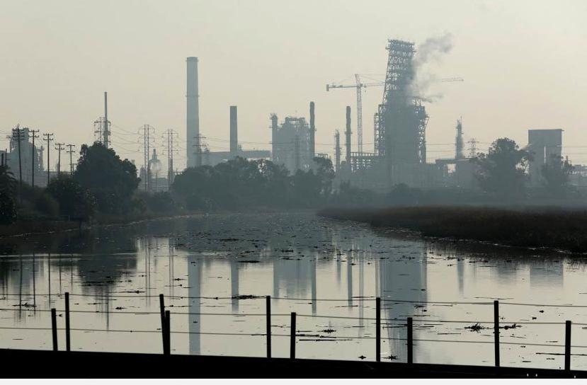 美國特索羅石油公司(Tesoro Corporation)在2012年宣布出資1...
