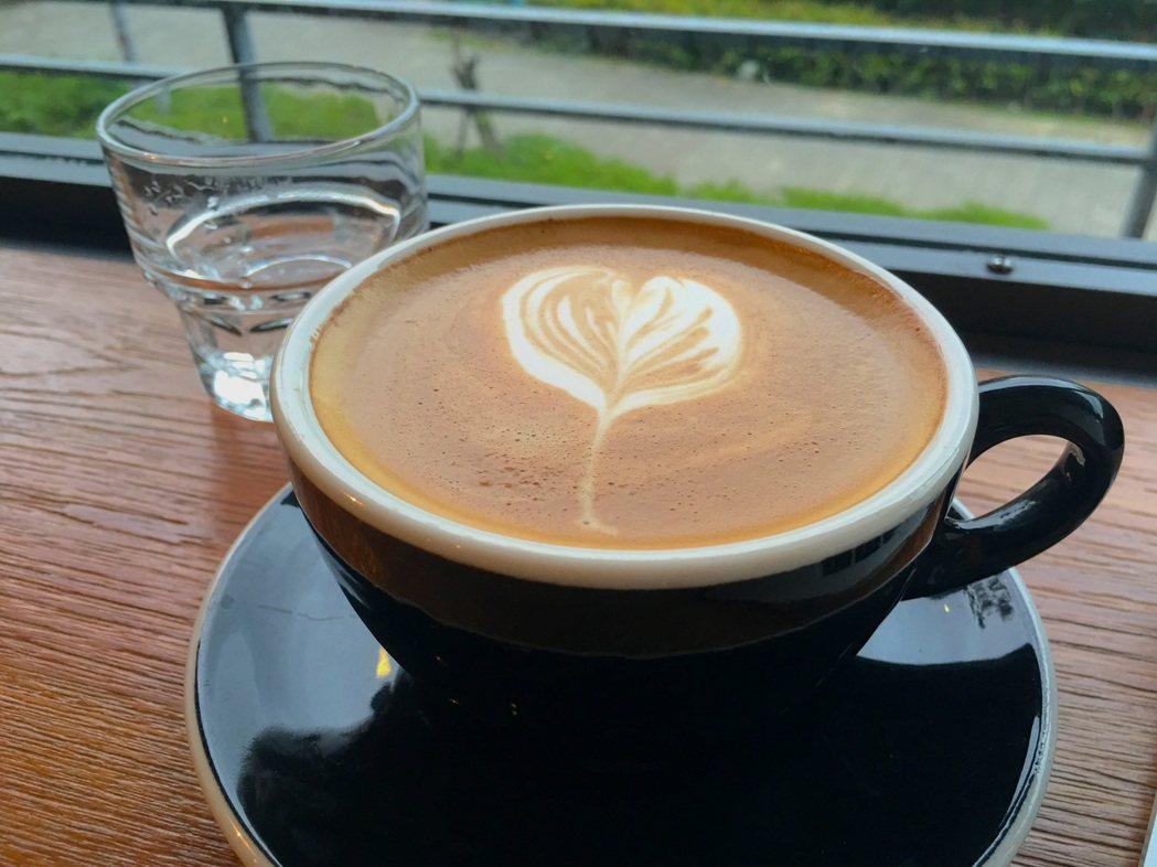 熱咖啡和冰咖啡相比,哪一種咖啡因較快展現效果? 聯合報系資料照 記者江慧珺/攝影...