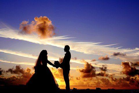 我們愛情的見證日,可不可以……把婚宴剁碎重組?