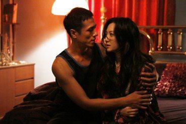 裸露、性愛、表演——《樓下的房客》與華人電影的肢體限制