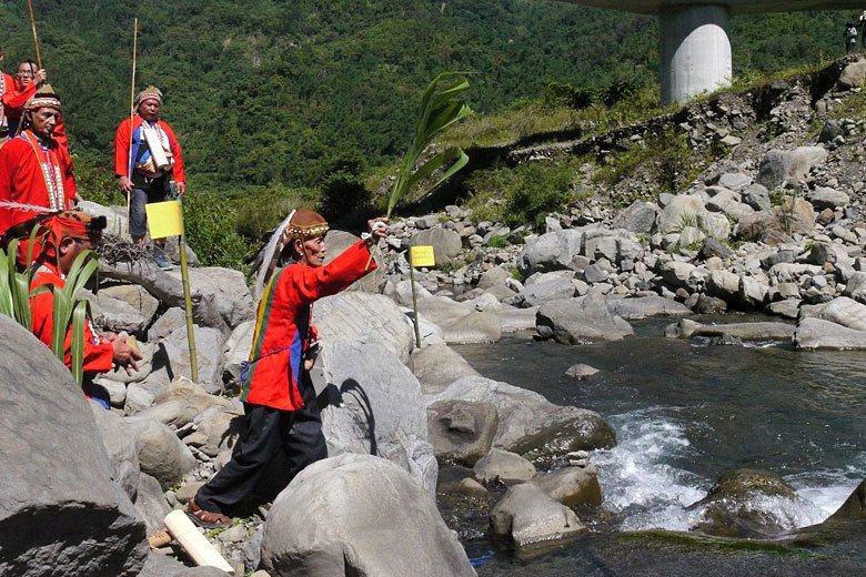 「要祭拜河,要愛護河,不要向河索取太多,拿我們需要的就好。」 攝影/記者徐白...
